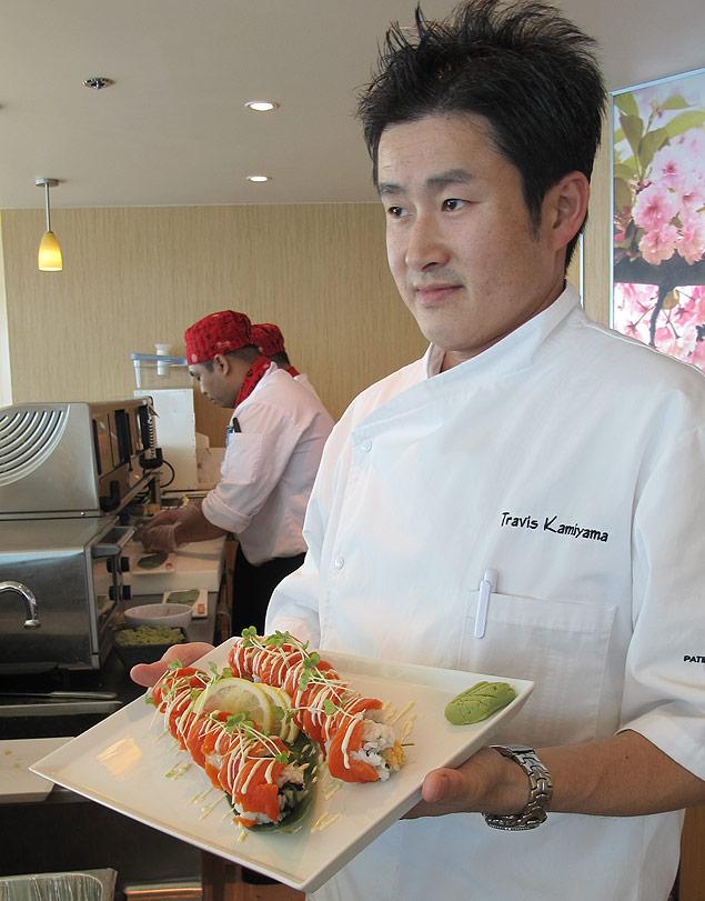 Foto Silvio Cioffi/Folhapress Travis Kamiyama, chef responsável pelo restaurante Izumi do Splendour of The Seas